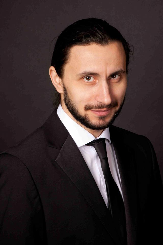 Adrian Nour_foto 1