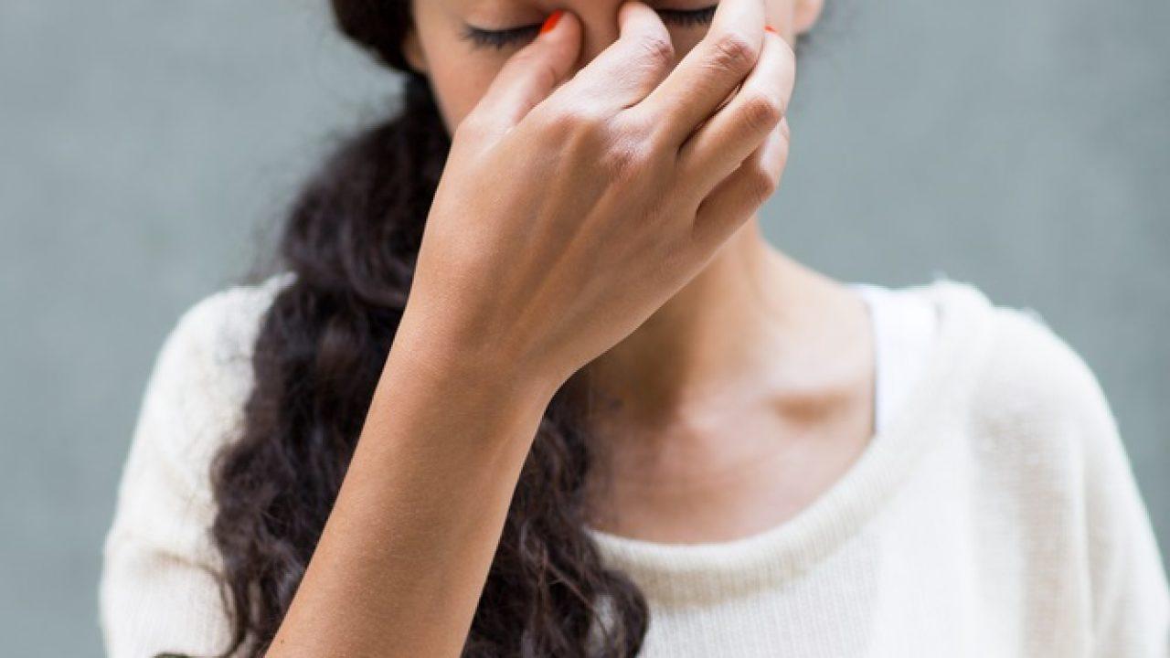 fotofobie și dureri articulare unguent pentru durere în articulațiile cu bischofit