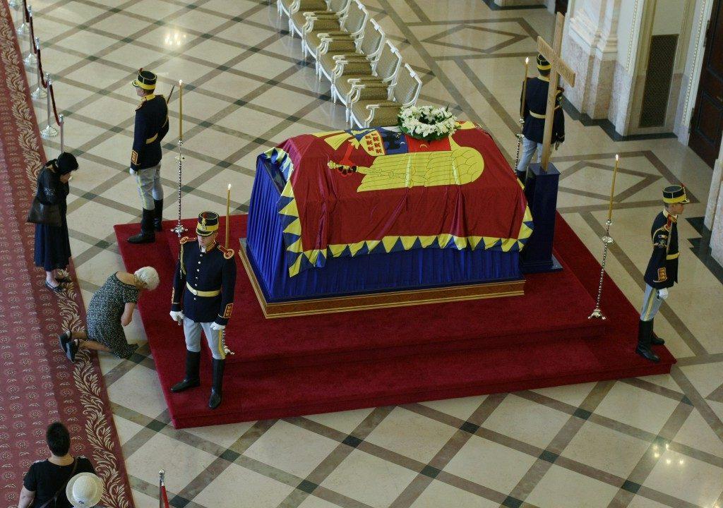 regina-ana-palatul-regal-2-1024x720