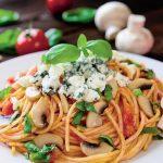 spaghete-cu-rosii-si-ciuperci