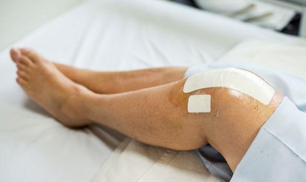 tratament pentru apa la genunchi dureri de sold la mers după naștere
