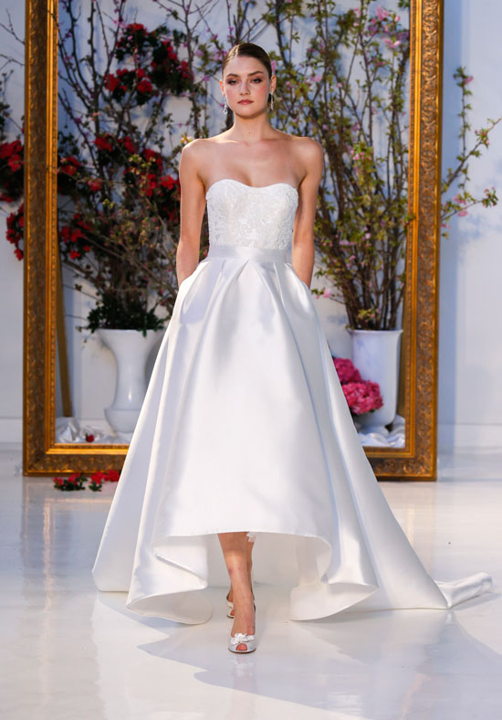 rochia de mireasa simpla, clasica