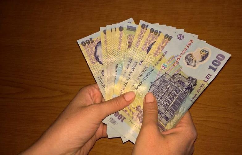 câștigați mulți bani astăzi)
