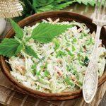 Salată de varză cu pui și iaurt