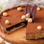 tartă cu ciocolată și alune de pădure