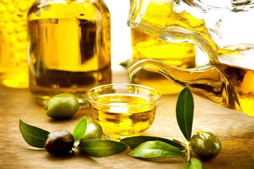 4 uleiuri cu efecte miraculoase în domeniul frumuseții