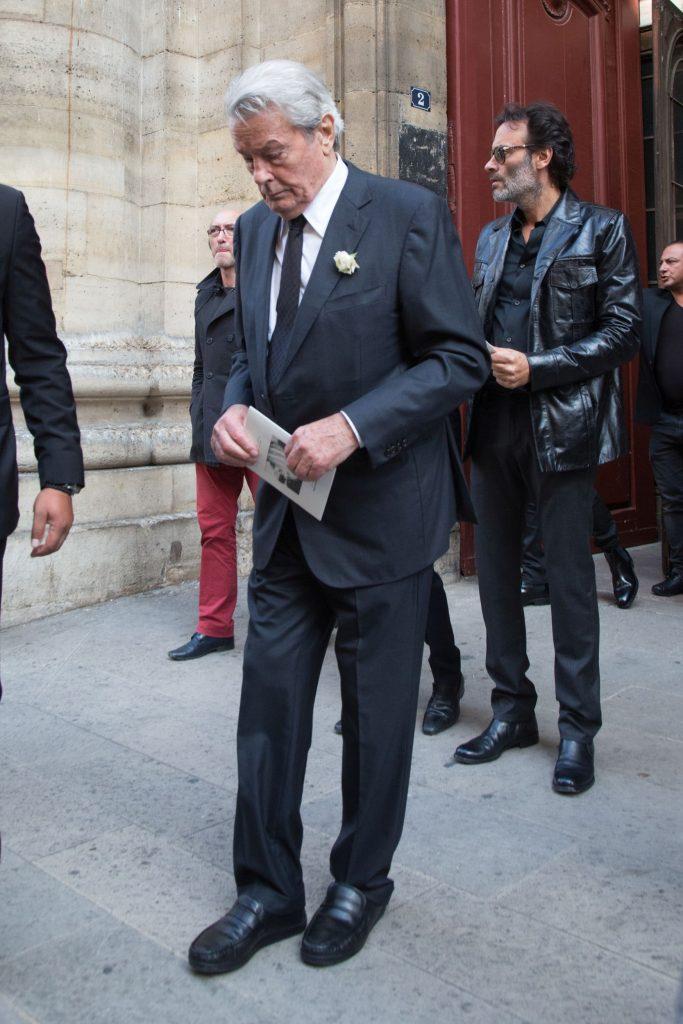 Alain Delon, internat de urgență. Acesta a suferit o operație pe cord, după ce a fost afectat grav de moartea partenerei sale de viață