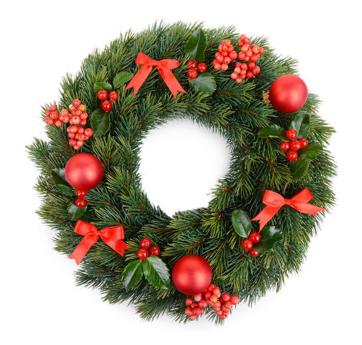 Culoarea roșie nu trebuie să lipsească din coronița de Crăciun
