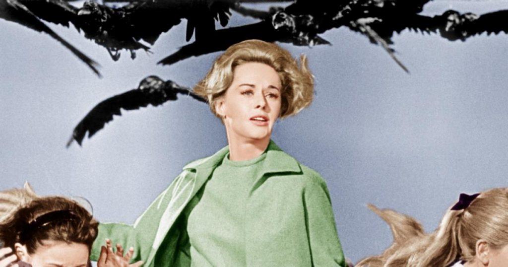 """Hărțuirea sexuală de pe platourile de filmare. Starul din """"Păsările"""", terorizat de Hitchcock"""
