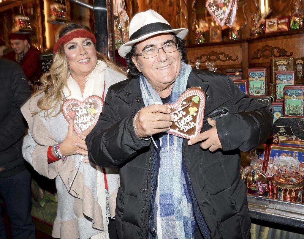 Romina Power și Al Bano, apariție de senzație împreună la un târg de Crăciun. Cei doi artiști se poartă ca niște îndrăgostiți