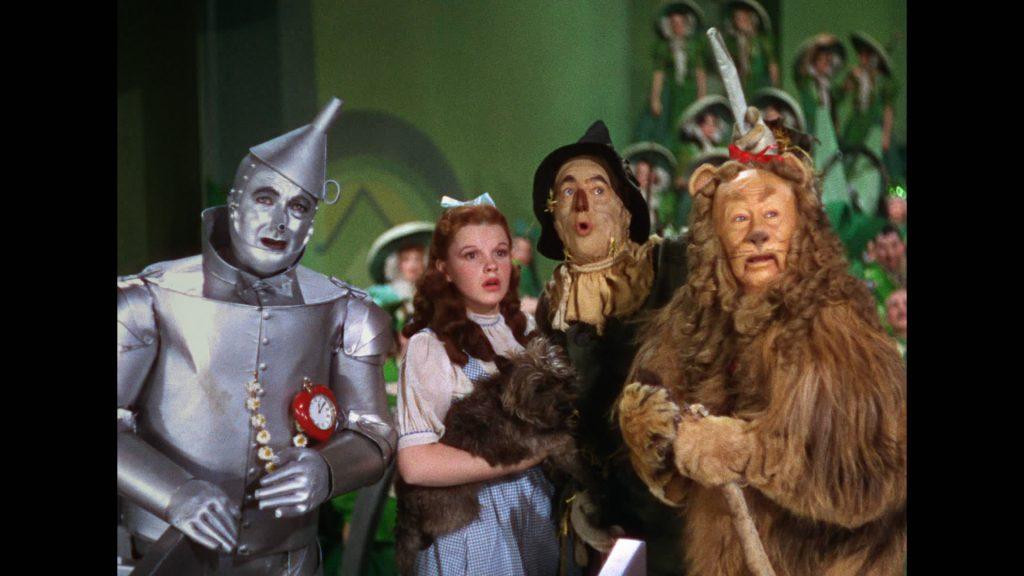 """Hărțuirea sexuală de pe platourile de filmare. Judy Garland a fost agresată pe când filma """"Vrăjitorul din Oz"""""""
