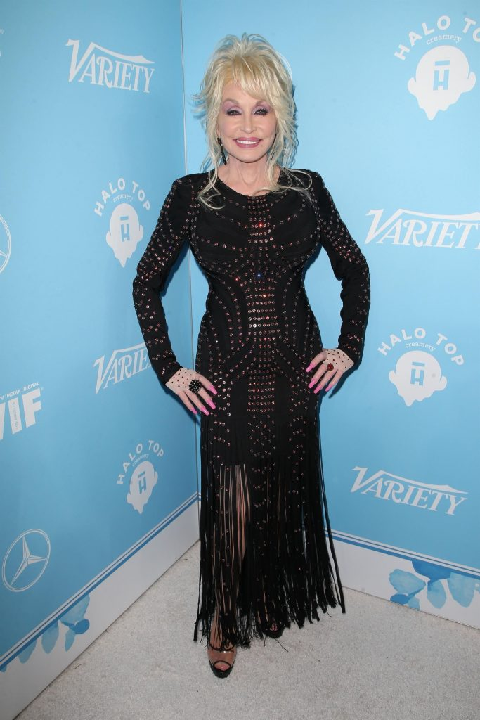 Dolly Parton prezent