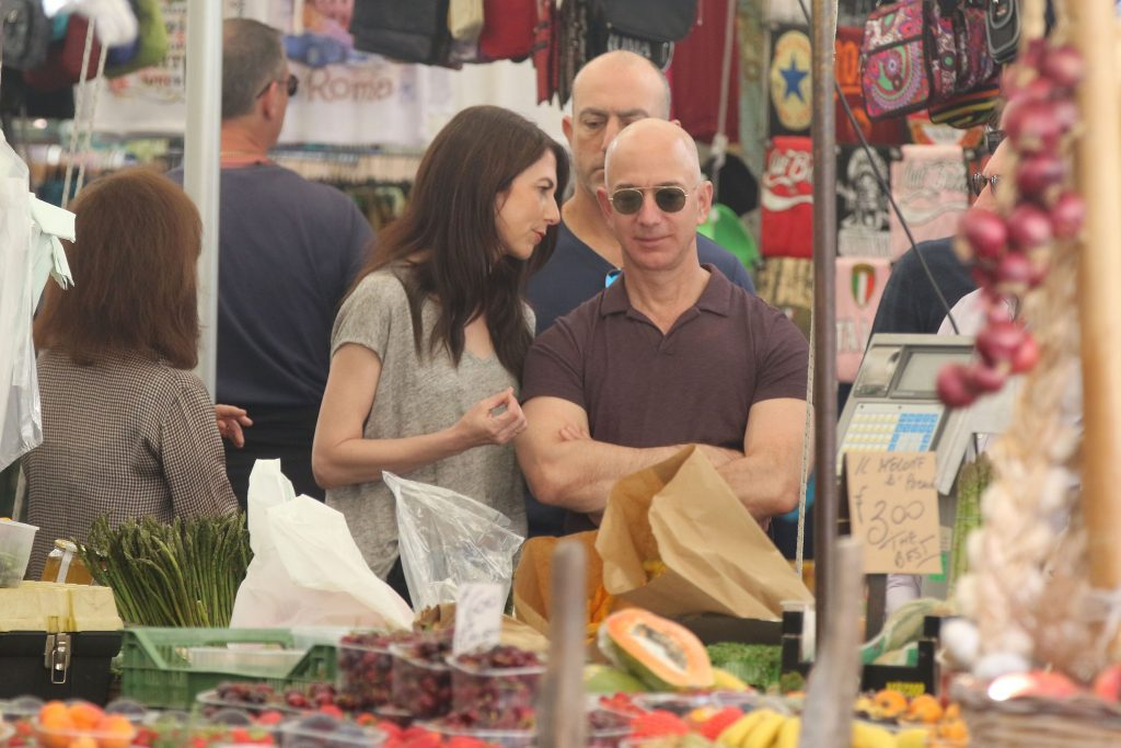 Jeff Bezos sotie