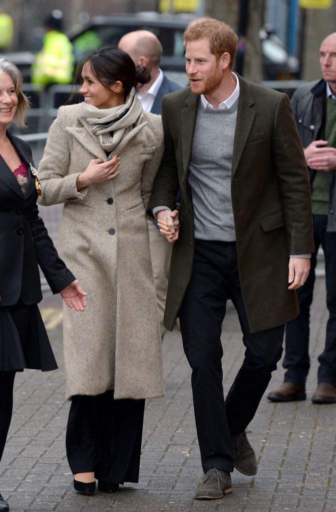 """Scandal în familia regală britanică! Sora lui Meghan Markle îi cere bani actriței: """"Dacă dai 75.000 $ pe o rochie, poți…"""""""