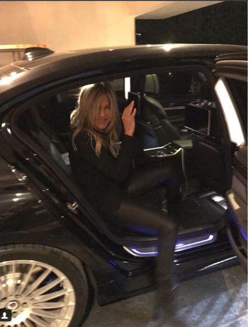 Jennifer Aniston pantaloni piele