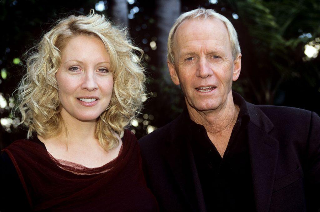Paul Hogan si Linda Kozlowski