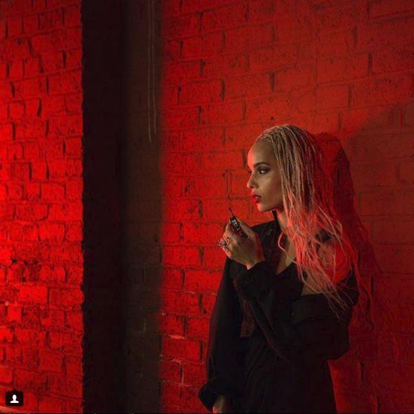 fiica Lenny Kravitz blonda