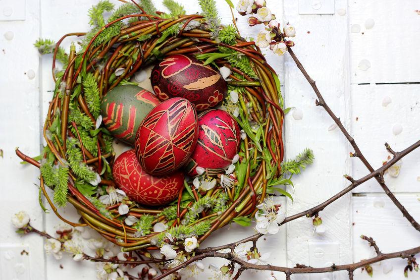 Ramurile înmugurite de salcie se aduc de la biserică în ziua de Florii și se păstrează tot anul!
