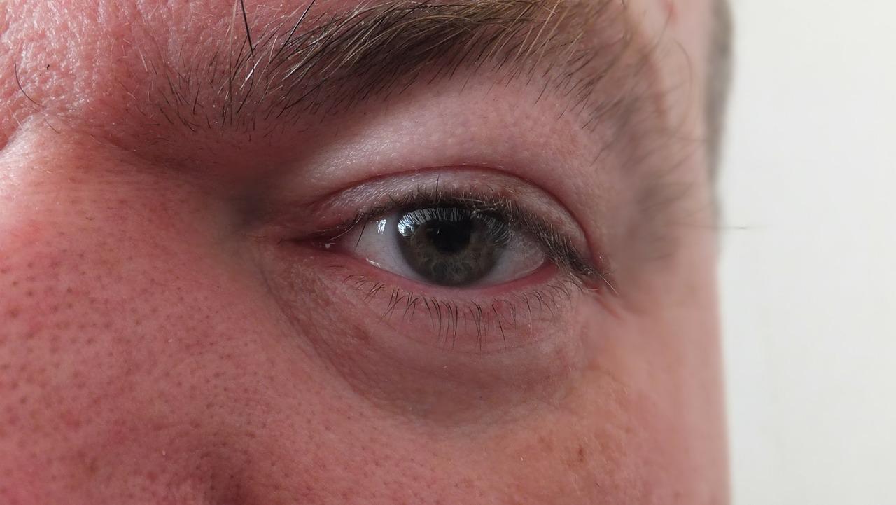 cancer ochi simptome biopsie de veruci plate