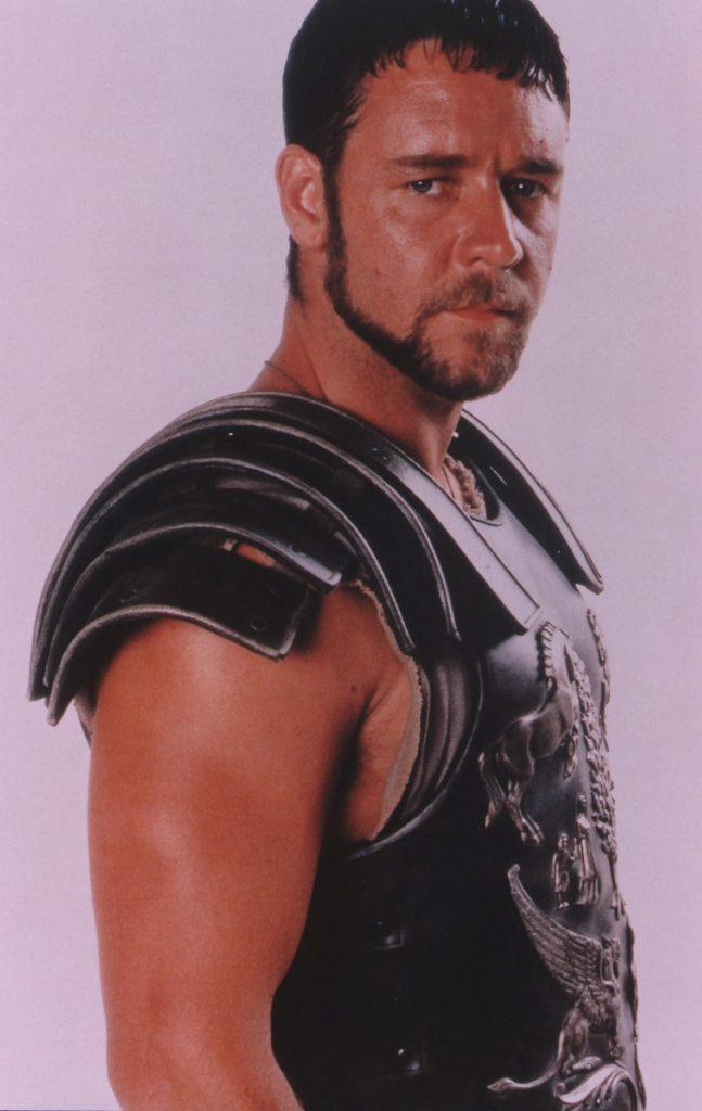 Russell Crowe a ajuns de nerecunoscut.