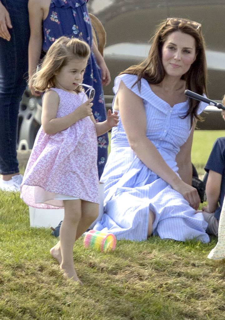 Imaginile cu Kate Middleton pe care regina nu vrea să le vadă. Singurul lucru pe care îl urăște la ducesă și pe care i-a interzis să-l facă, însă ea nu a ascultat-o