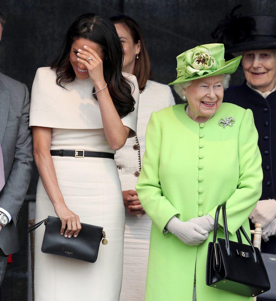 Unde va fi regina în timpul botezului micuțului Archie? Ce a preferat să facă în ziua evenimentului