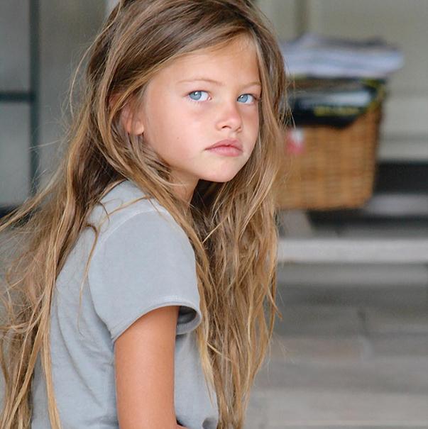 """Cum arată acum """"cea mai frumoasă fetiță din lume"""". A împlinit 17 ani și este de nerecunoscut"""