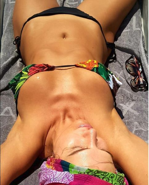 Anna Lesko costum de baie