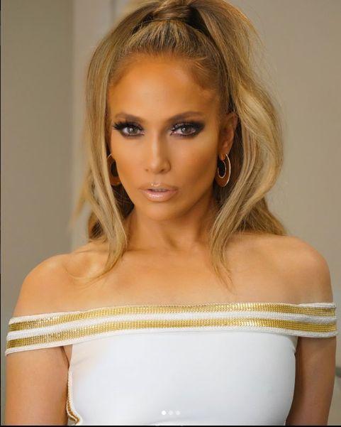 Jennifer Lopez pare sa fi gasit reteta tineretii