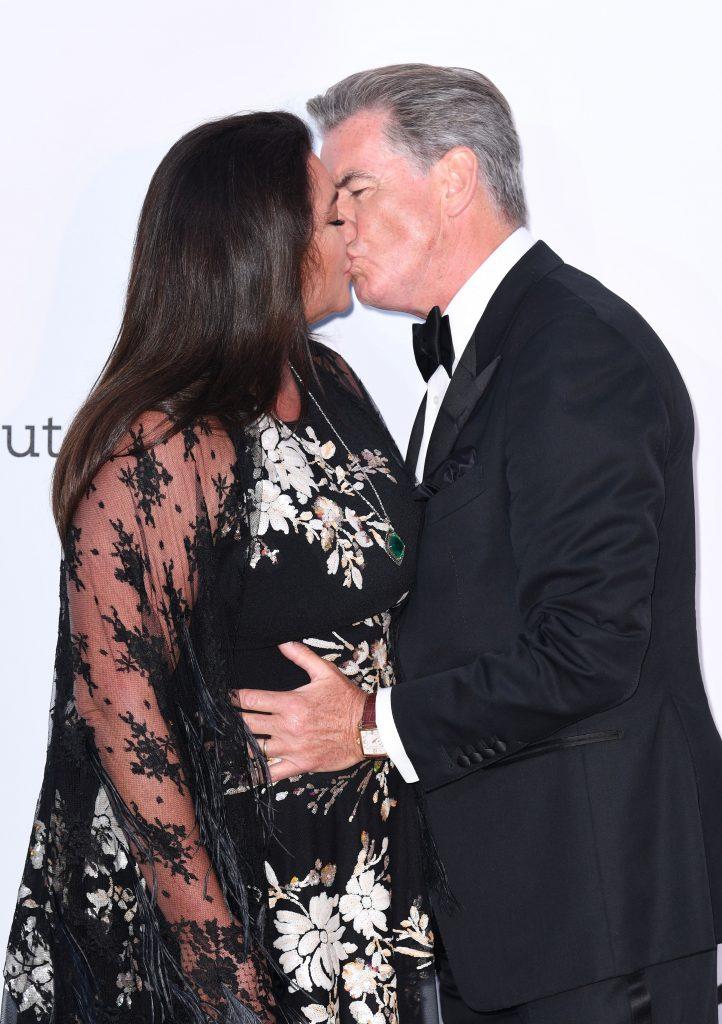 sarut pe covorul rosu, la Cannes