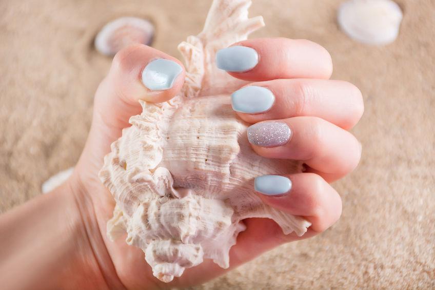 Manichiuri de vară pentru zile petrecute la malul mării