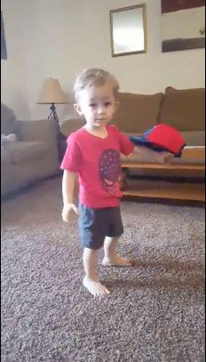 Mason, la 2 ani