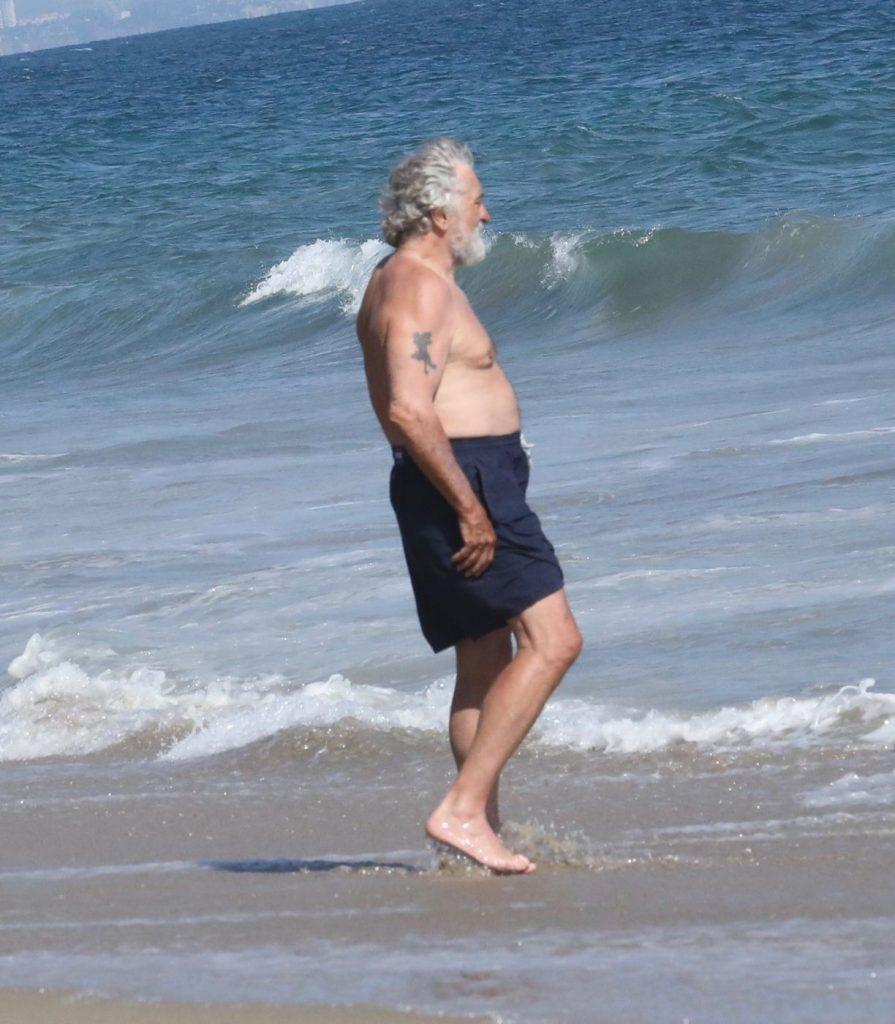 penjtru un om de 75 de ani, De Niro se tine bine