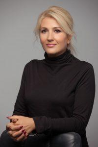 Cătălina Stoica, nailexpert Beauty District, ne-a spus ce manichiuri se poartă în sezonul toamnă-iarnă 2018-2019.