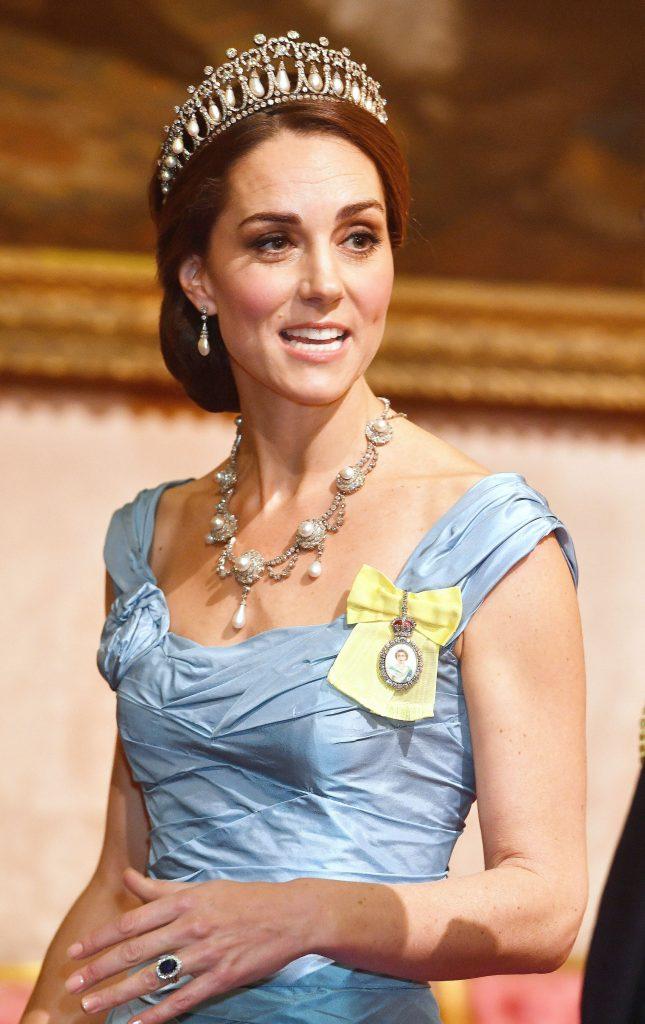 ducesa a afost insa laudata pentru tiara