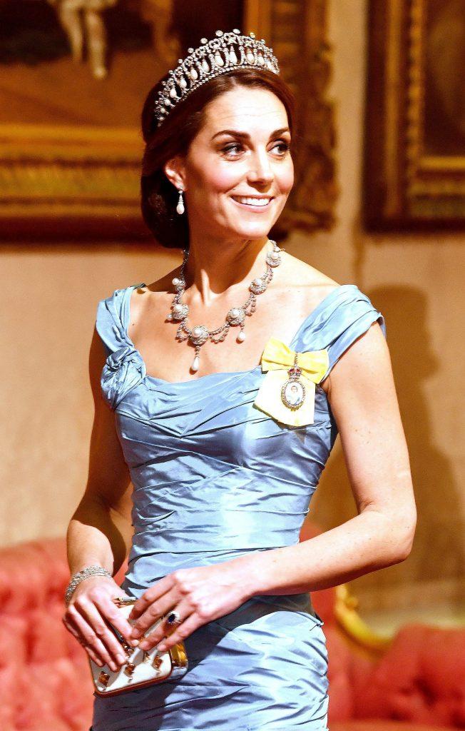 kate Middleton rochie banchet