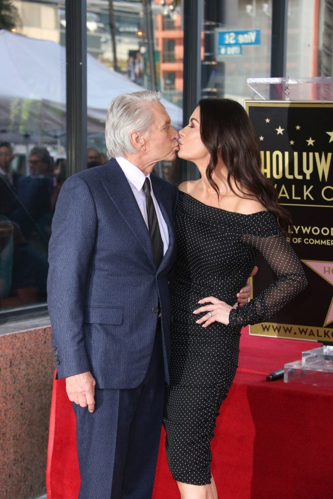 Catherine Zeta Jones si Michael Douglas au impreuna doi copii