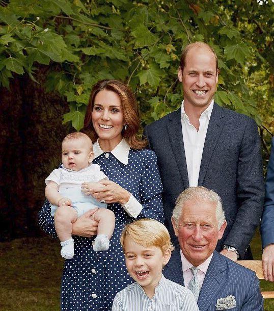 Imagini adorabile cu prințul Louis! Nu au mai fost văzute până acum