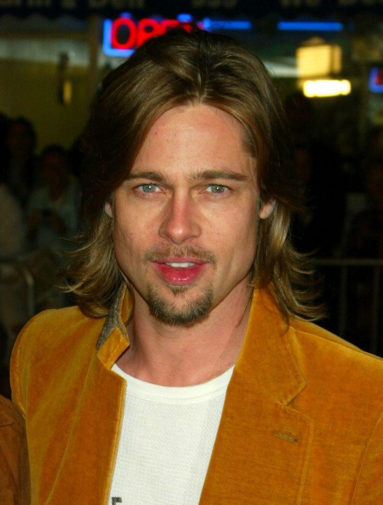 Brad Pitt, in urma cu 16 ani