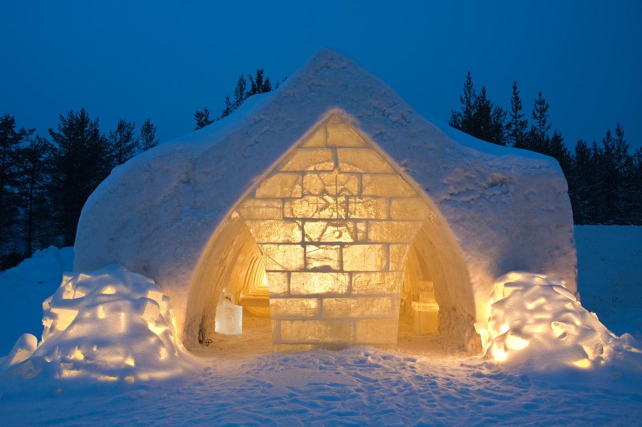 Hotel de gheata. Laponia, țara lui Moș Crăciun