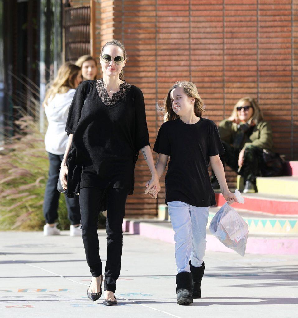 Angelina si Vivienne