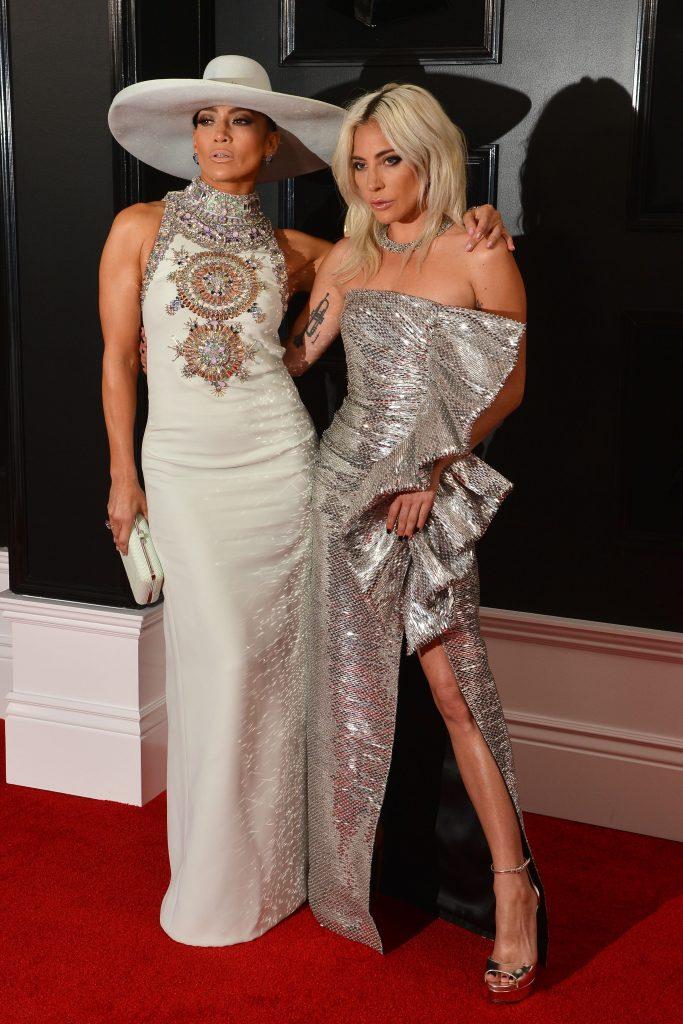 Jennifer Lopez si Lady Gaga, mereu niste dive