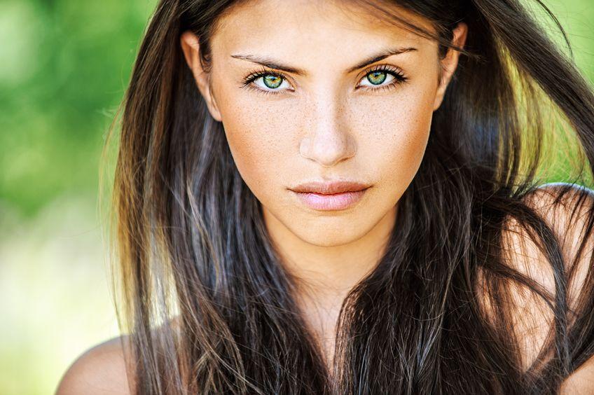 Cum alegi culoarea părului în funcție de culoarea ochilor