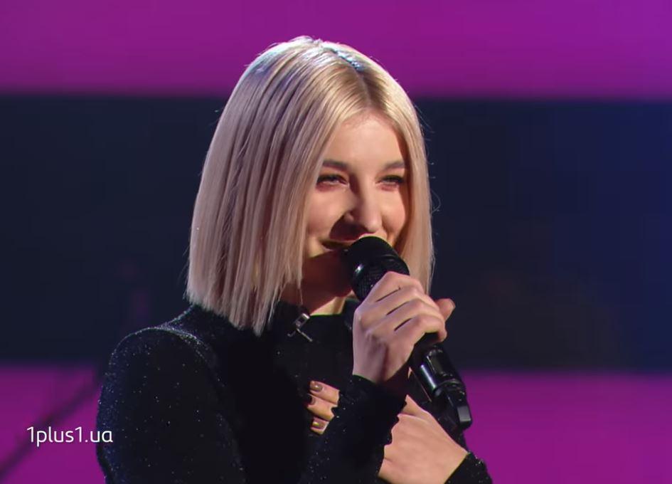 """O tânără din Ucraina a cântat """"Dragostea din tei"""