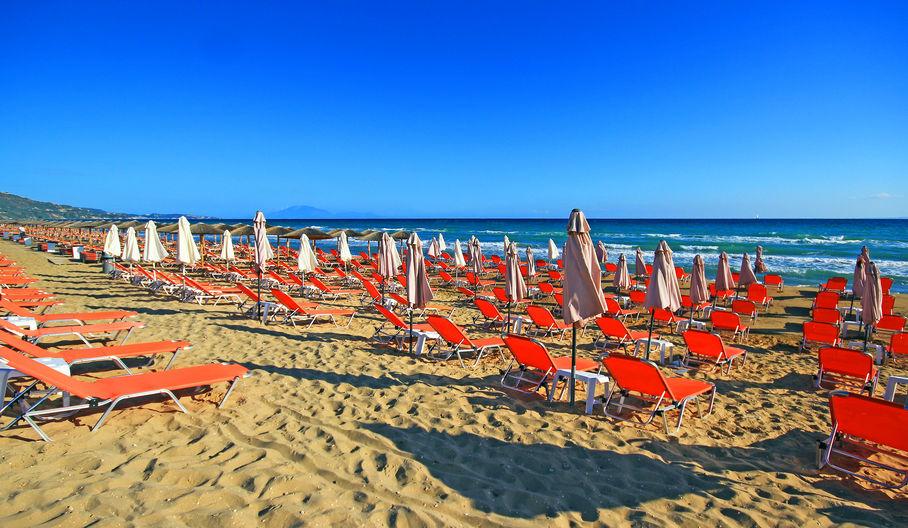 Lucruri pe care trebuie neapărat să le vezi în Zakynthos: Banana Beach