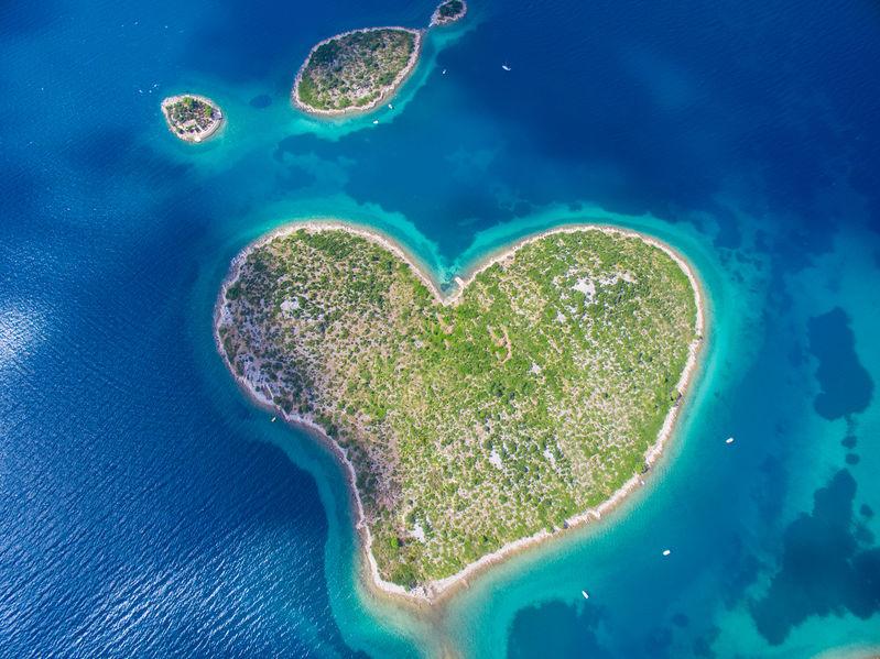 Insula Galesnjak din Croația are formă de inimă