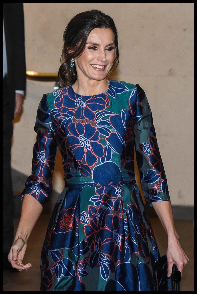 Prințul Charles, vrăjit de frumusețea reginei Letizia a Spaniei. Nu a putut să-și ia ochii de la ea