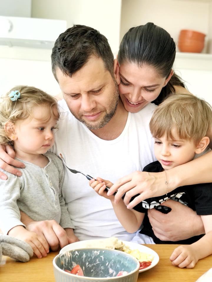Cum arată Alina Pușcaș, însărcinată în șapte luni. Ce frumoasă e!