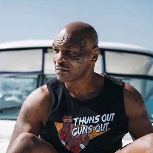 Fostul boxeur Mike Tyson a adoptat acest stild e viata din 2010 si se intreaba cum a putut trai pana atunci mancand carne