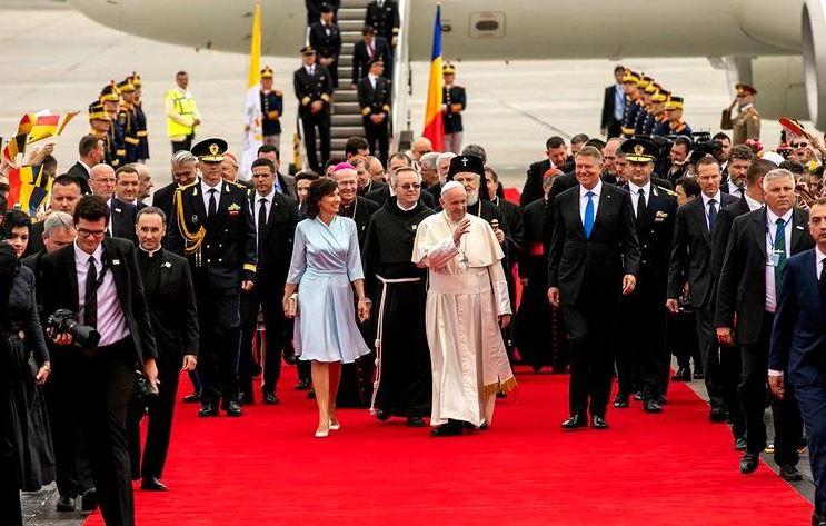De ce spune Papa că România este Grădina Maicii Domnului